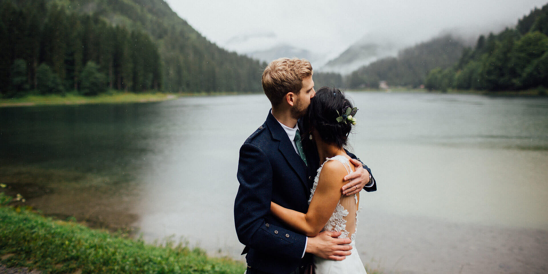 wedding in lake montriond and ferme du lac vert