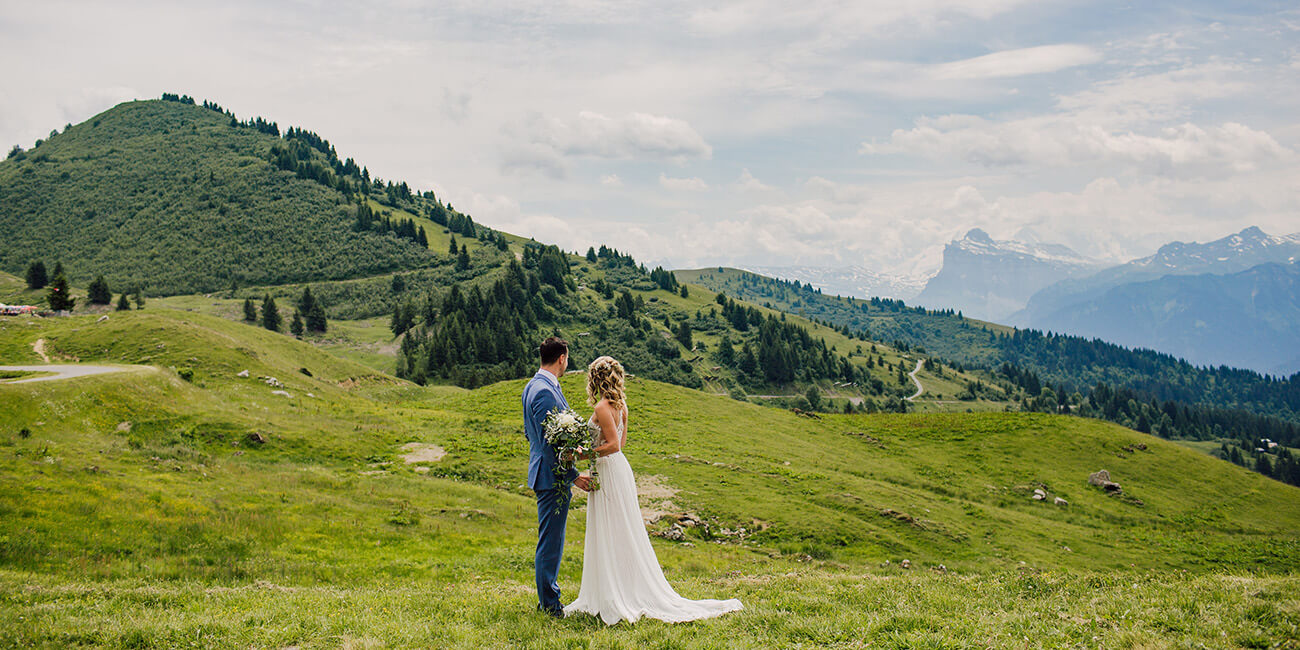 bride and groom wedding with view of the french alps