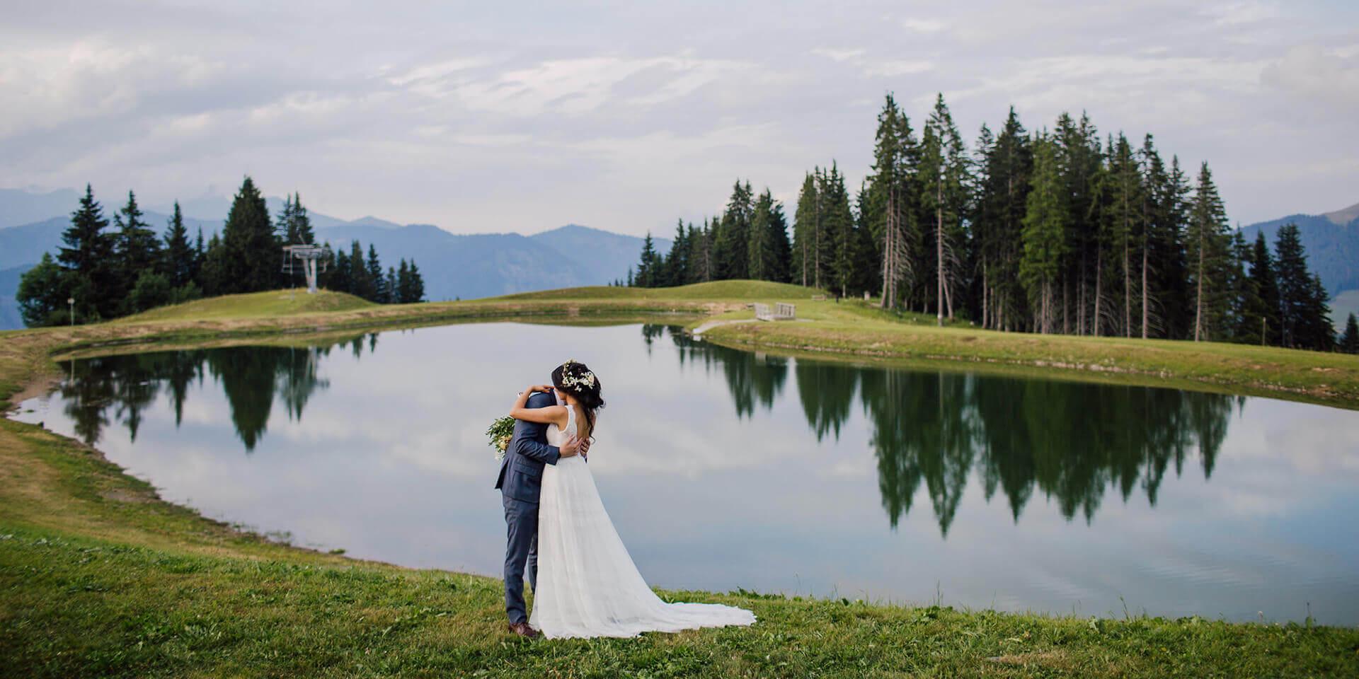 summer lake wedding in Megeve